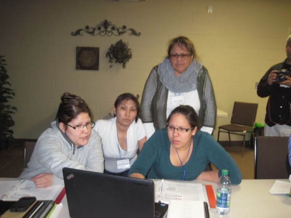Seasi and Jessica learning with Kissandra and Medora