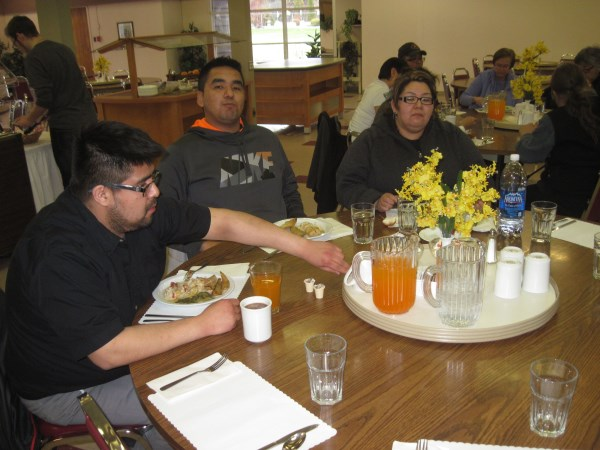 Tshiueten, Kabimbetas and Cheyenne at mealtime